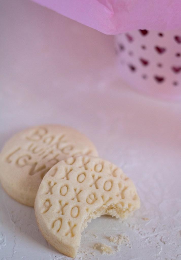 XoXo valentine's day shortbread cookies