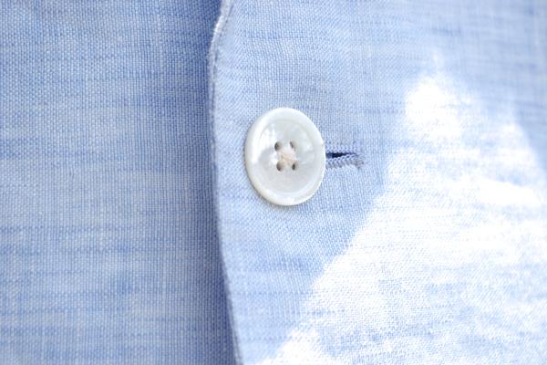 リゾートウェディング|カジュアル新郎衣装|白蝶貝ボタン