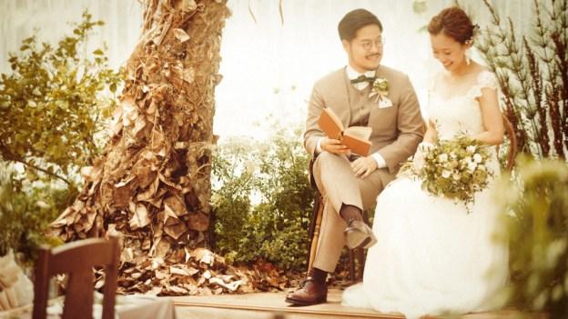 マコスガーデン|結婚式のウェディングスーツ