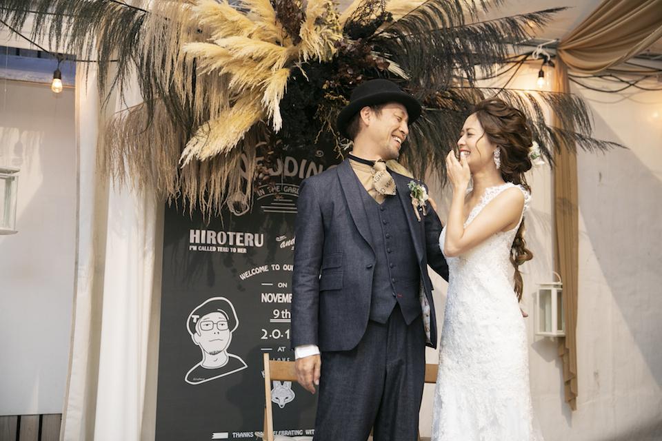 結婚式のウェディングスーツをオーダーメイド