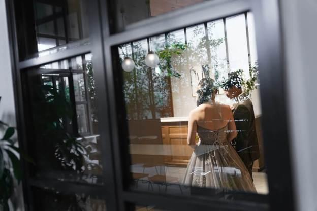 トランクホテル(TRUNKHOTEL)で結婚式を挙げた御新郎様の衣装紹介