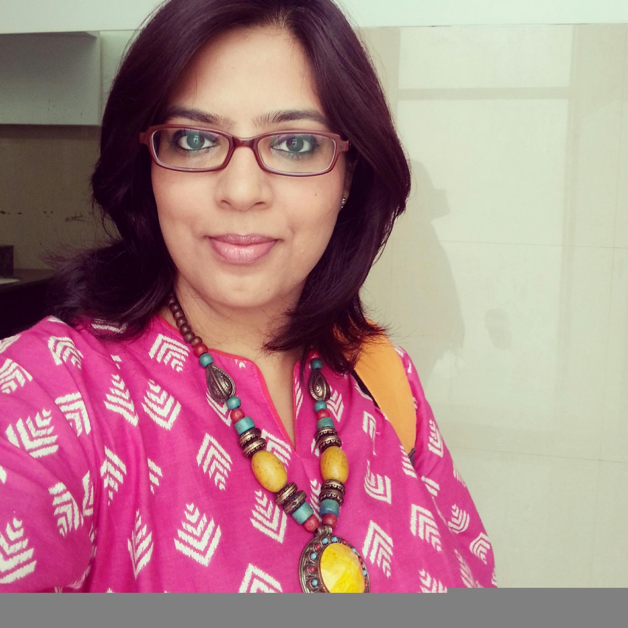 #MicroblogMondays : Statement Necklaces