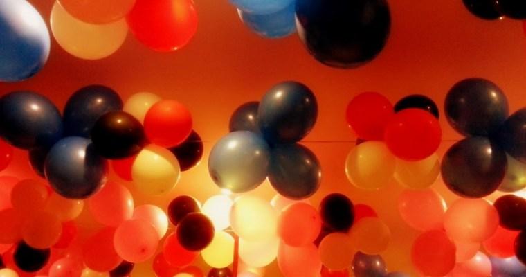 Balloons – #WordlessWednesday #MundaneMonday