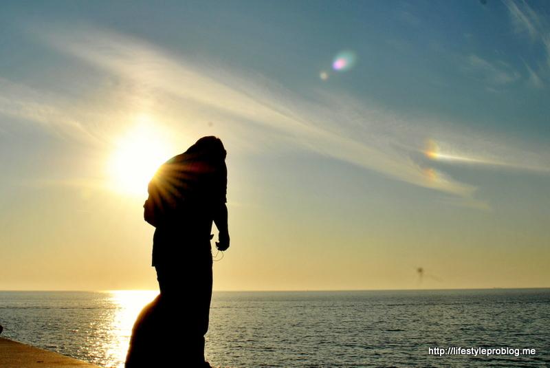 The Sun on My Back #WordlessWednesday