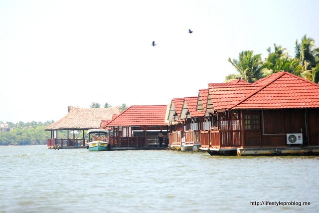 Poovar Floating Resort