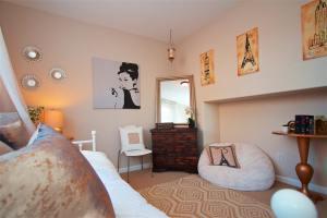 Noelle's Room