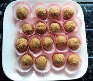 Cashew & Almond Energy balls