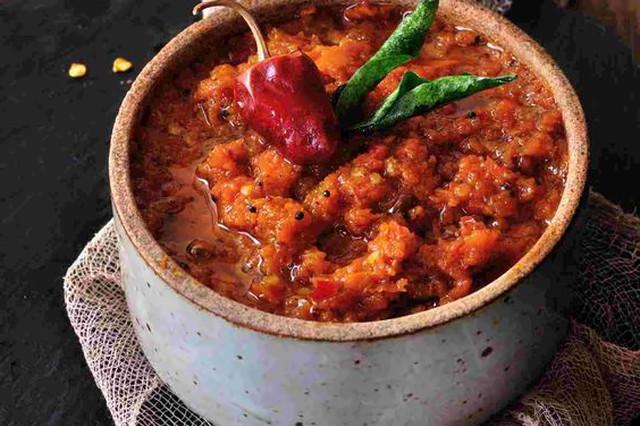 कच्चे आम और गाजर की चटनी