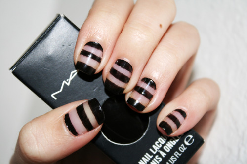 Steps To Achieve This Nail Art