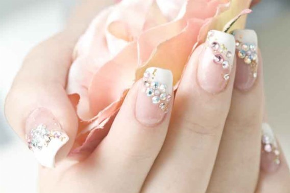 These French Nail Art Designs Would Be Very Easy For Beginners Either Choose To Paint The Or Use A Kit That Es Along With Sts And