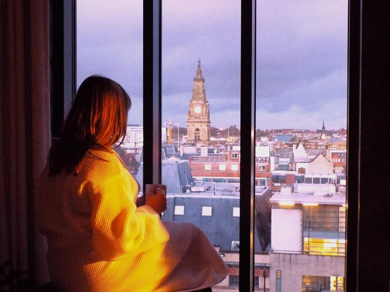 Aloft-liverpool-hotel-room