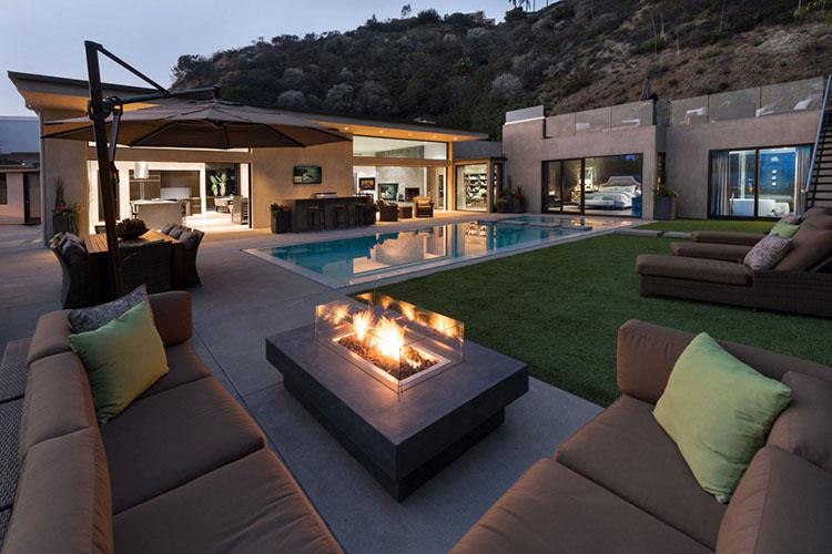 16 Inspiring Luxury Patio Ideas - Lifetime Luxury on Luxury Backyard Patios id=80846