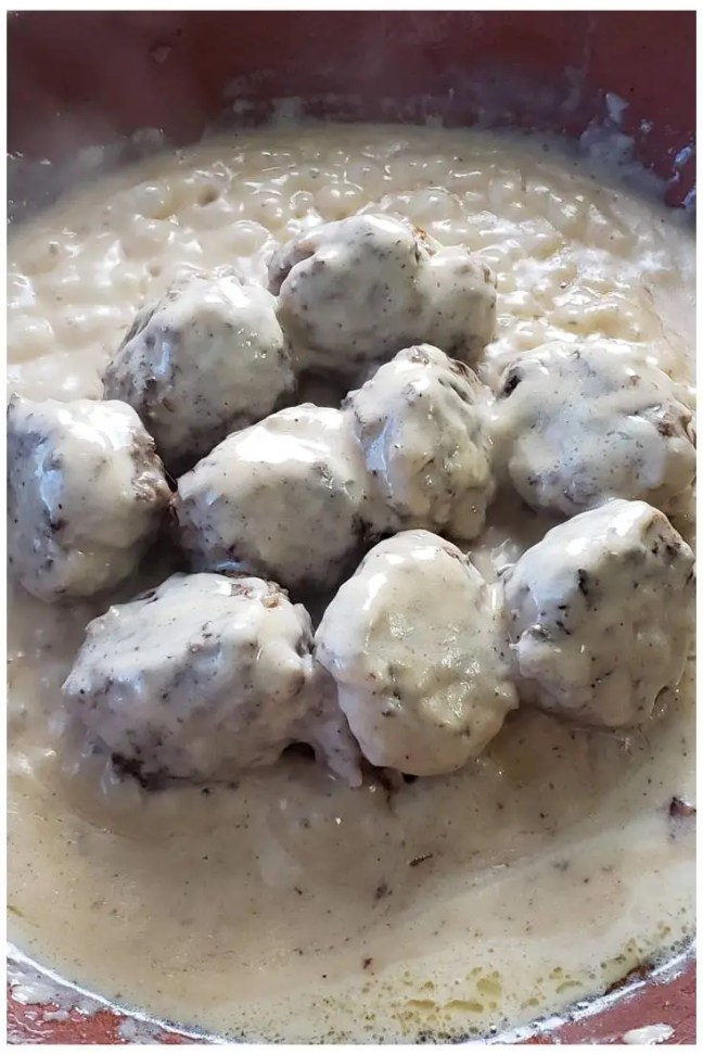Creamy Swedish Meatballs 4