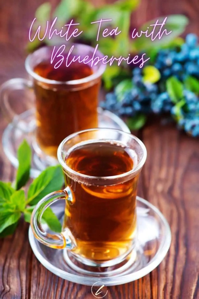 White Tea with Blueberries