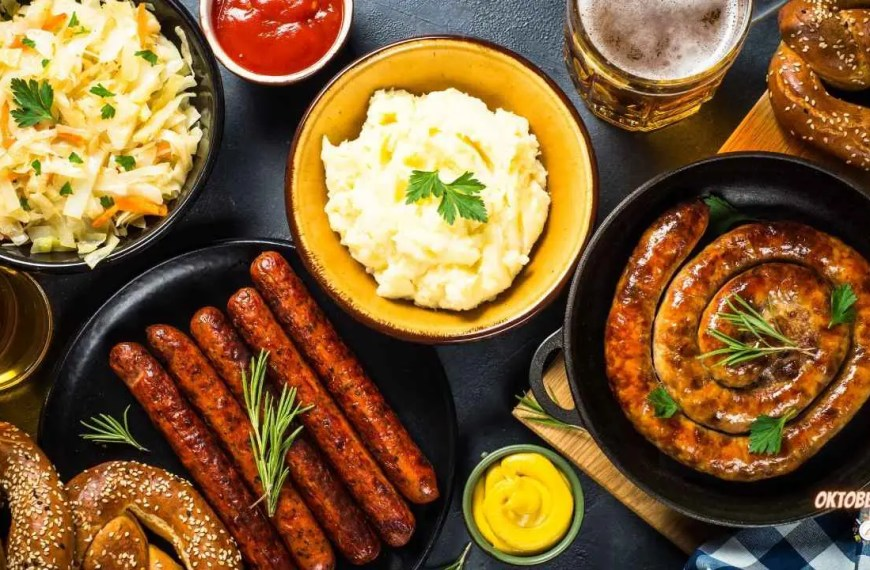 5 Foods You Need for an Oktoberfest Feast