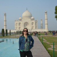On Not Falling In Love With The Taj Mahal