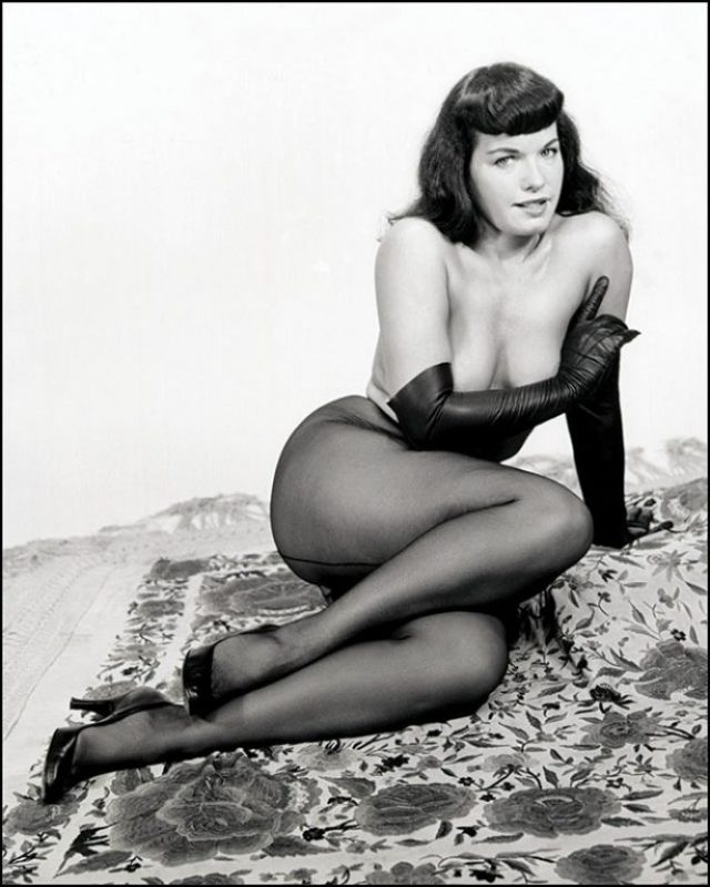 Bettie Page 35
