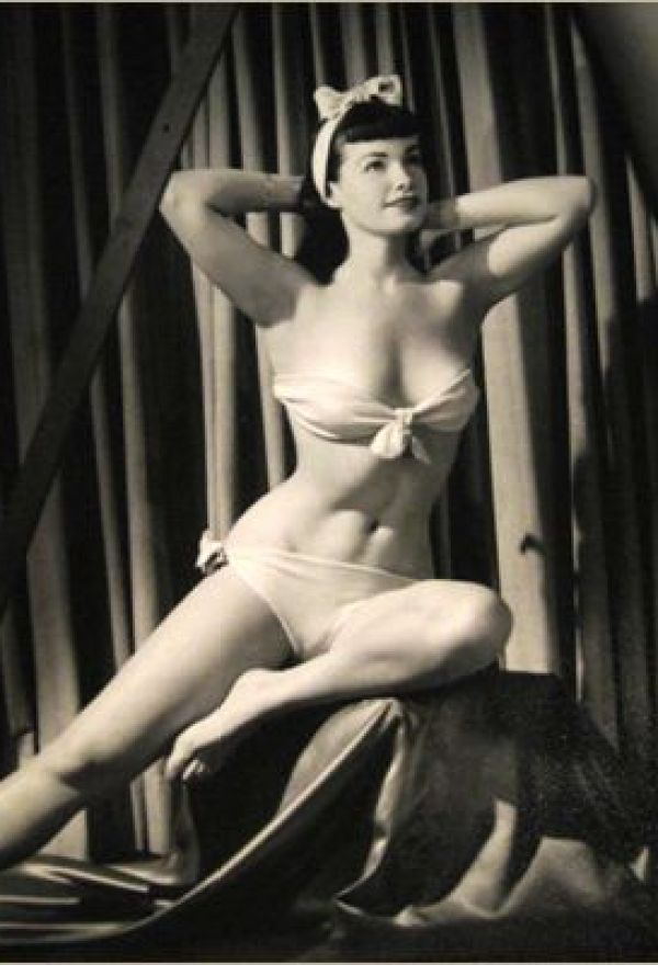 Bettie Page 48