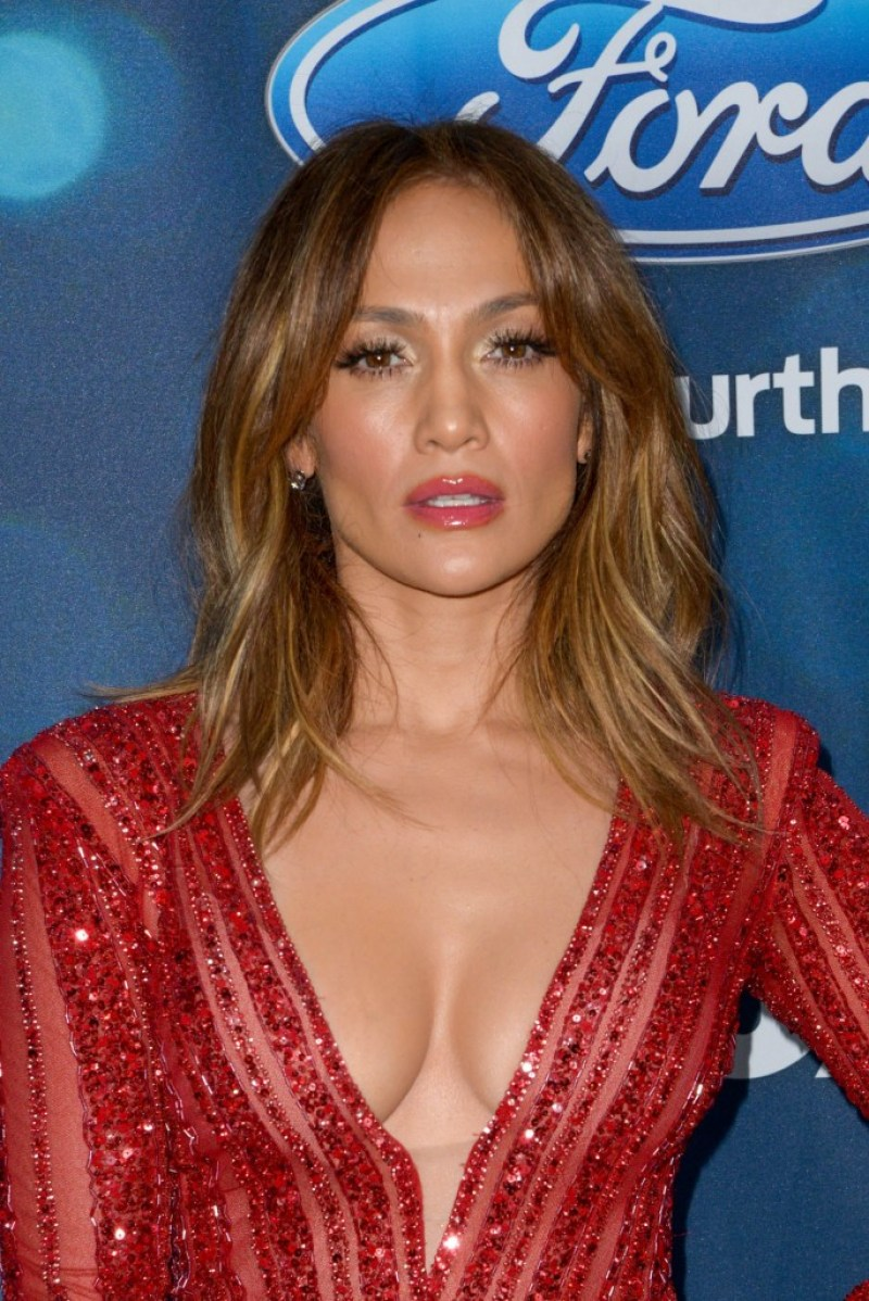 JENNIFER LOPEZ top body 13