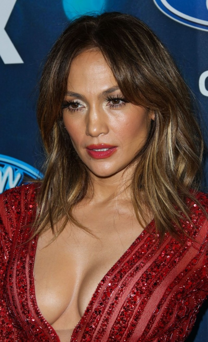 JENNIFER LOPEZ top body 15