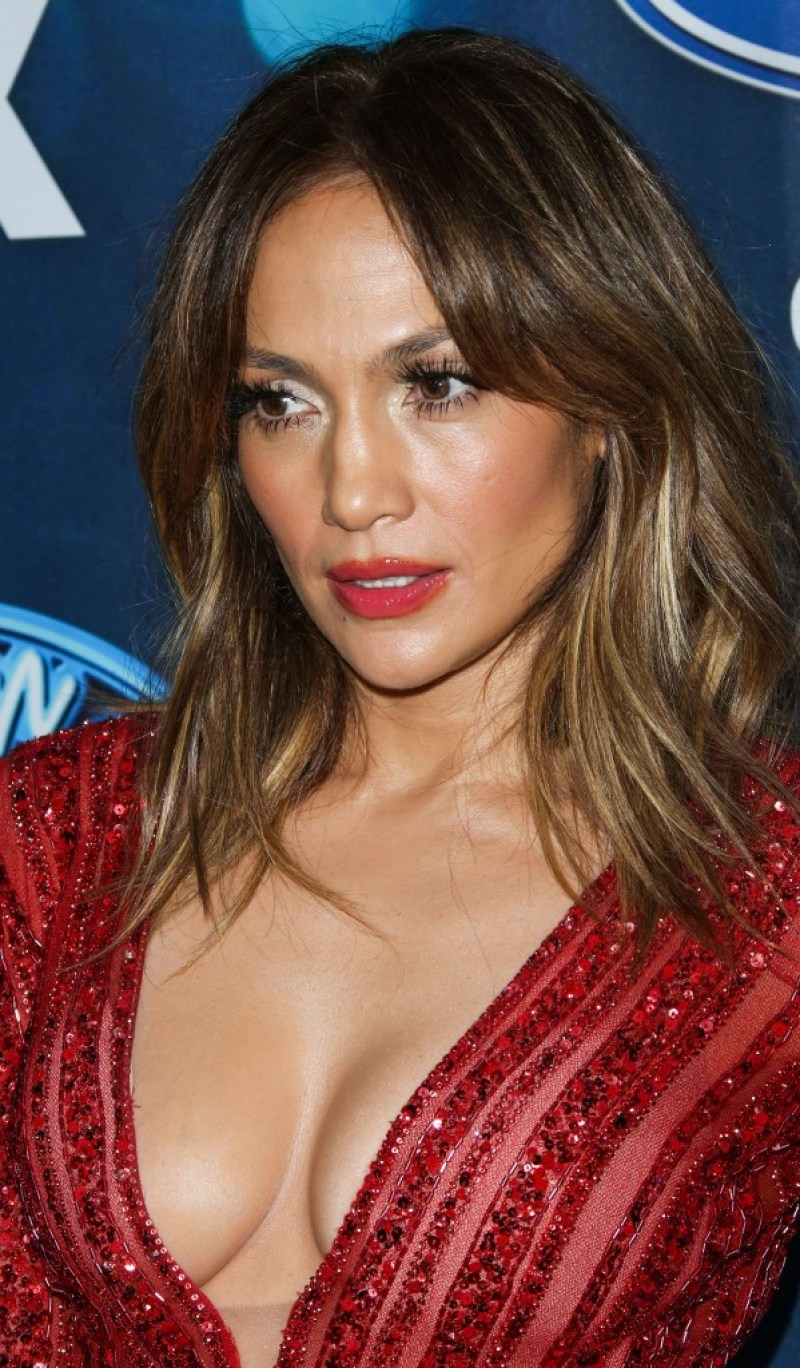 JENNIFER LOPEZ top body 16