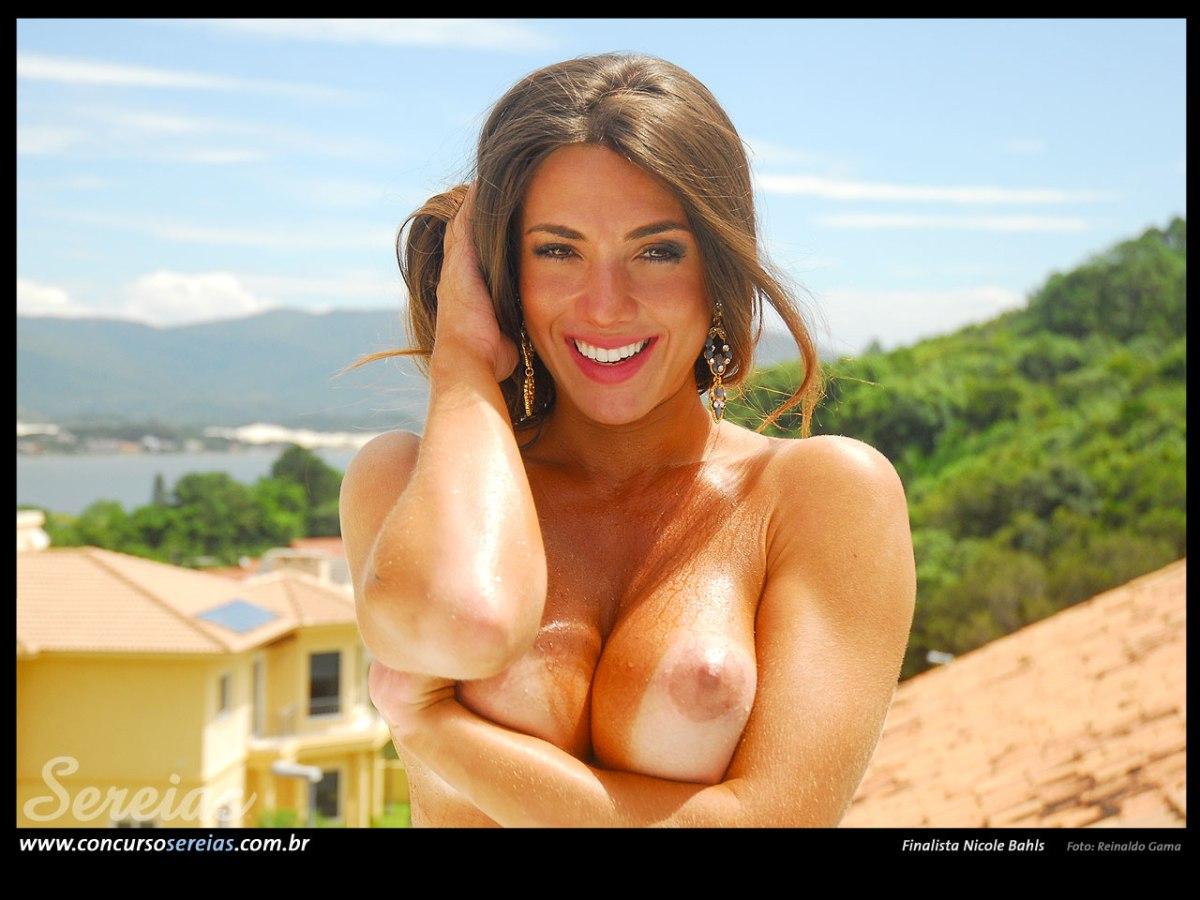 Nicole Bahls 111