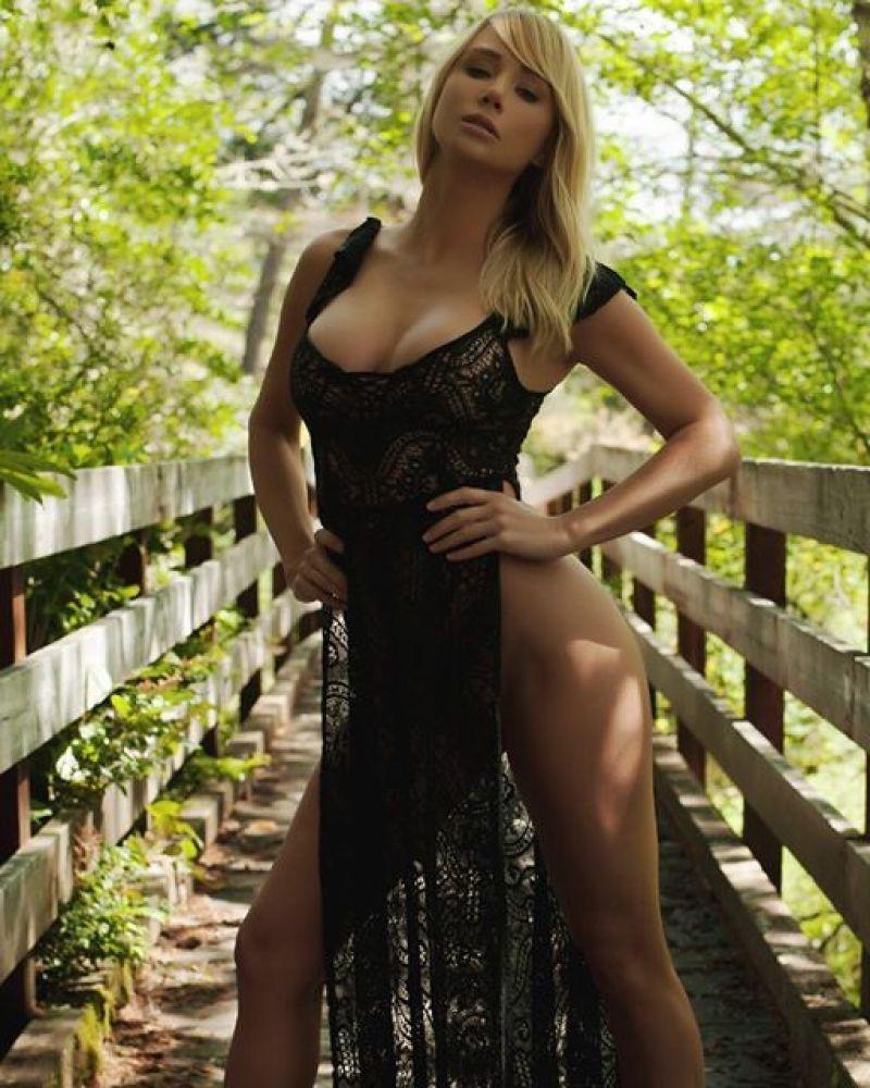 Sara Underwood 17
