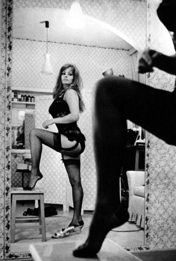 Sexy Sophia Loren 54