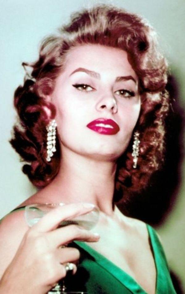 Sexy Sophia Loren 60