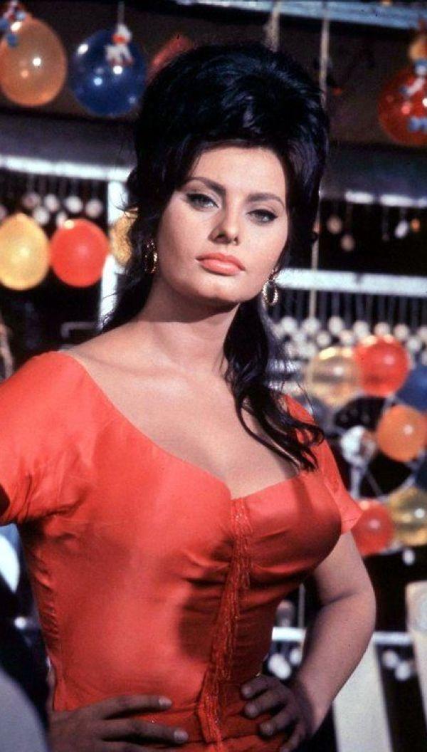 Sexy Sophia Loren 67
