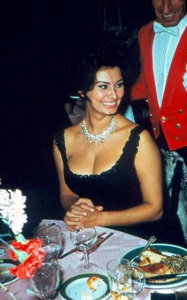 Sexy Sophia Loren 87