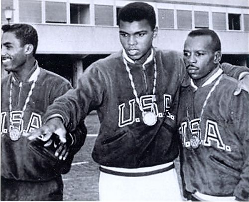 cassius-clay-muhammad-ali-unsigned-8x10-photo-with-olympic-boxing-team-1960-low-quality_a6daec417b41491731f5684973c6c82e