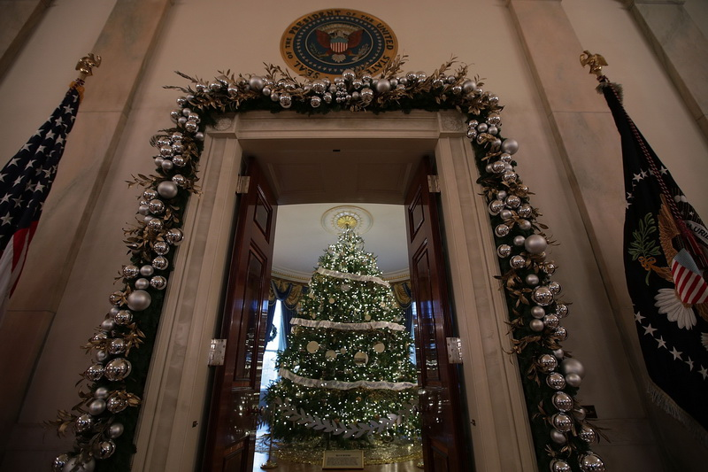 white-house-christmas-deco-9