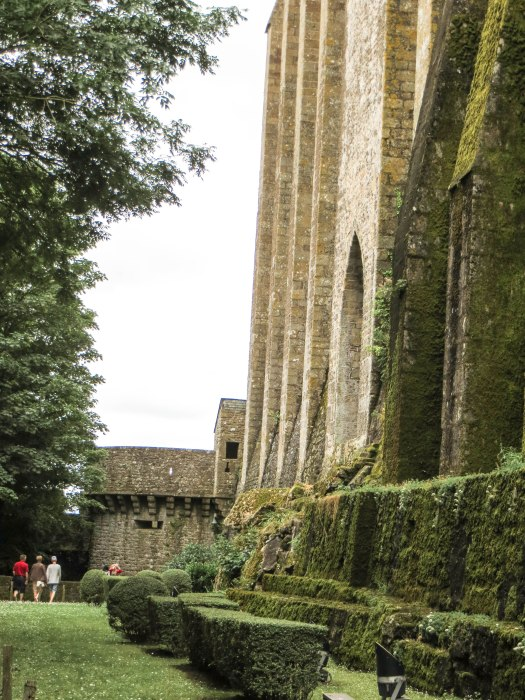mont saint michel walls