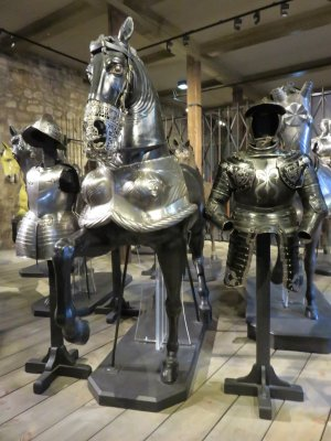 horse and human armor in the tower of london white tower