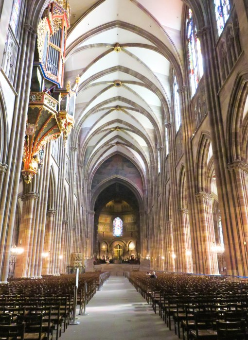 strasbourg cathedral main aisle
