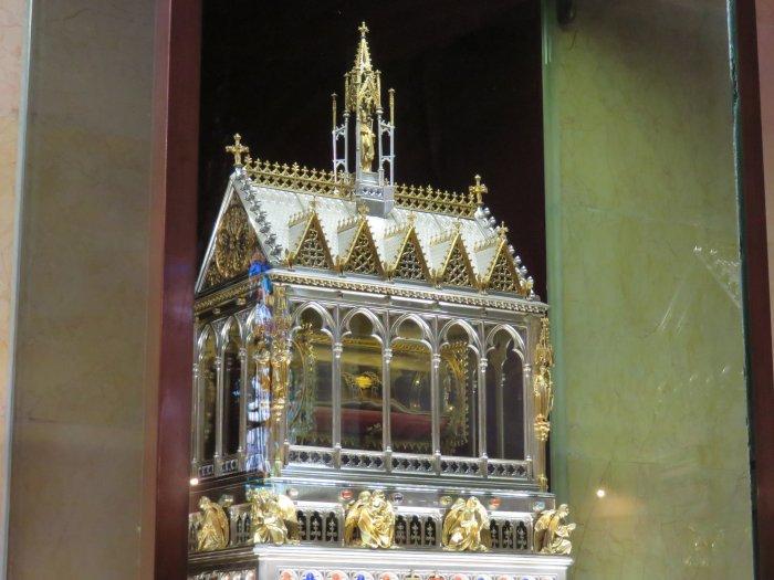 st stephens basilica hand relic budapest hungary image
