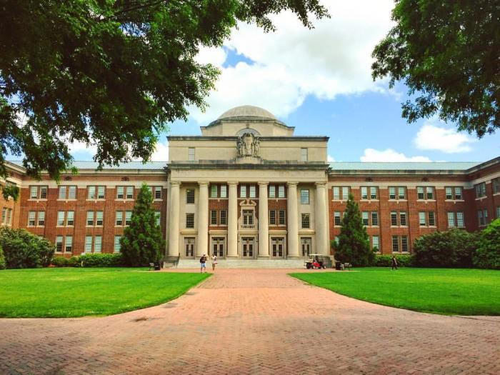 davidson college chambers hall