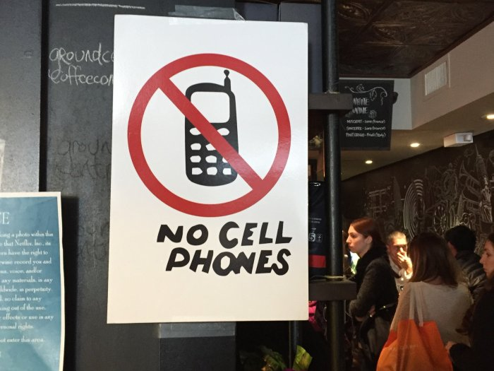 no cell phones gilmore girls