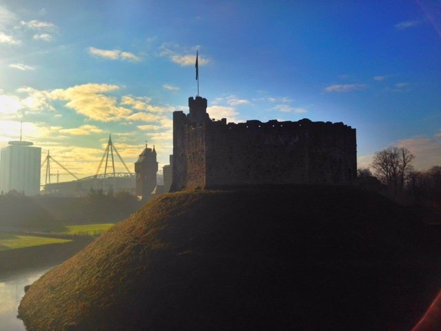 cardiff castle millennium stadium view