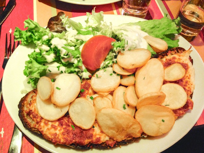 paris meal au petit suisse