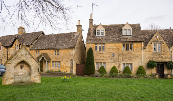 lower slaughter cotswolds homes and well