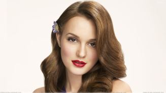 Leighton-Meester-Red-Lips-N-Blue-Dress-Photoshoot