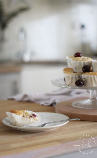 Recipe – Easy Cherry and White Chocolate Muffins