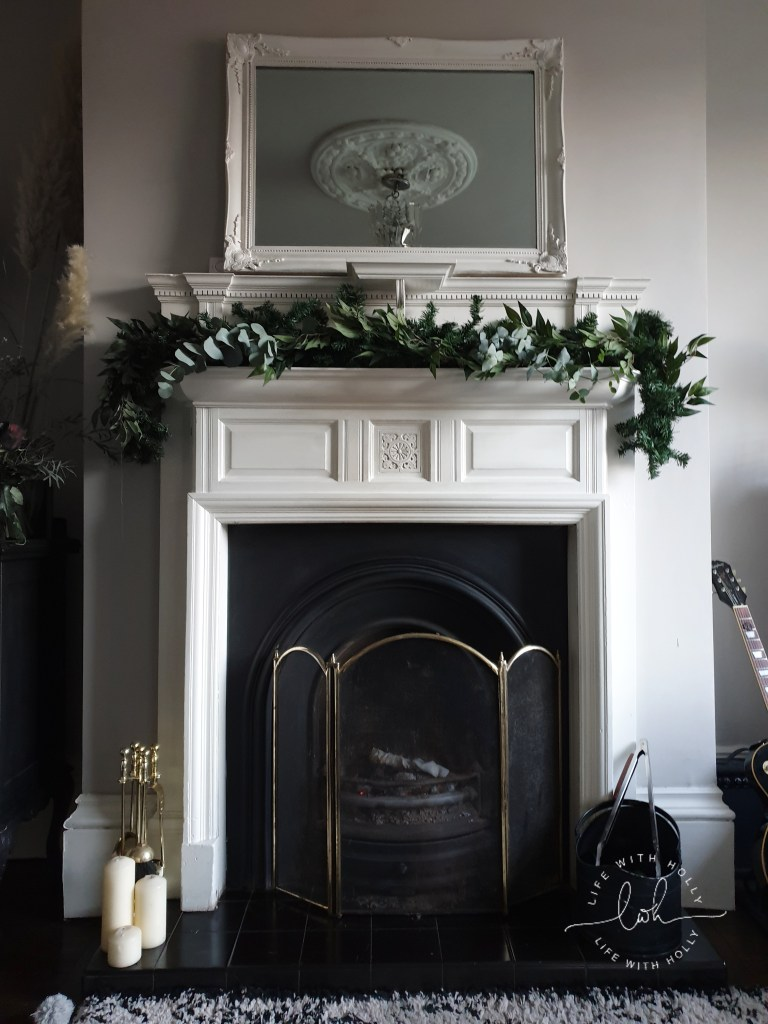 Christmas-Mantelpiece-Garland-with-Faux-Foliage-Tutorial-by-Life-with-Holly Dried Flowers Garland