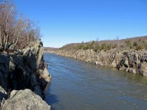 Mather Gorge, looking upstream. Note the hikers on the Billy Goat Trail, across the river on the Maryland side.