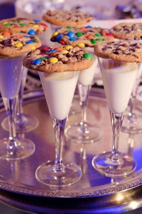 milk and cookies toast