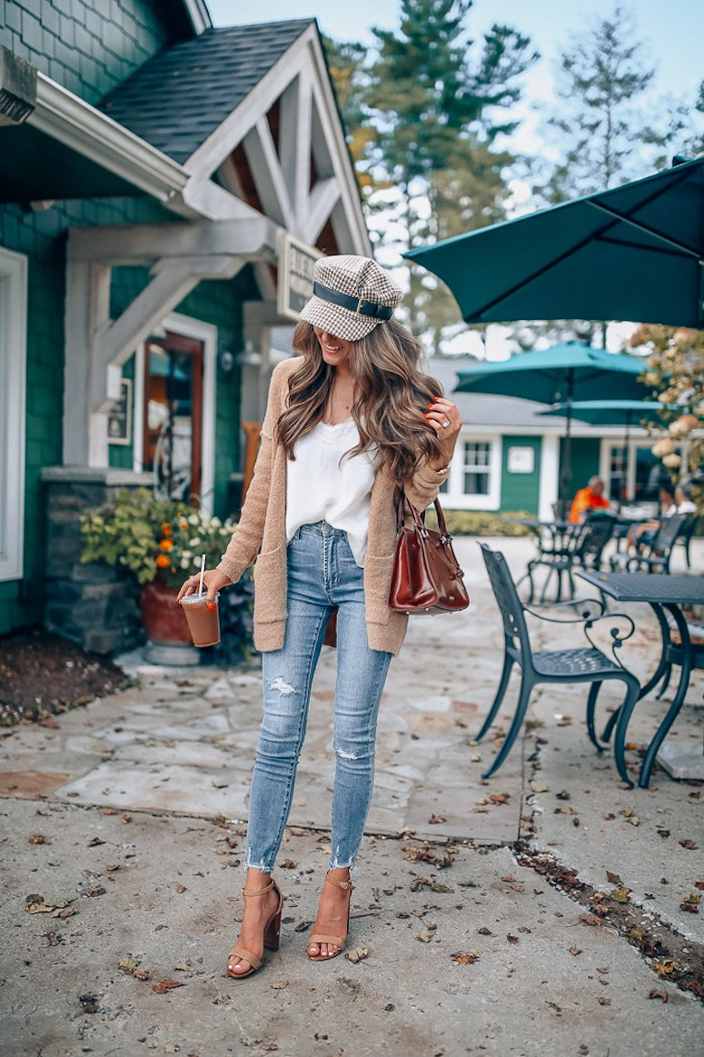 how to transition from summer to fall fashion sweater and a fall hat