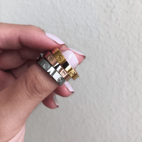 cartier love rings.png