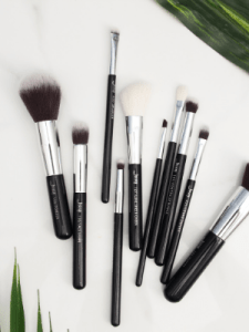 cleaning makeup brushes diy